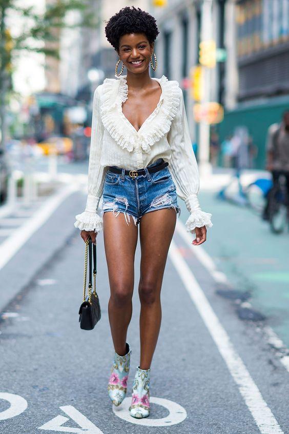 bota cowboy feminina com jeans